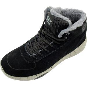 Umbro PIA fekete 43 - Férfi őszi cipő