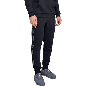 Under Armour RIVAL FLEECE PRINTED JOGGER Nadrágok - Fekete - M